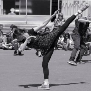 Karine Le Bris, professeur de danse contemporaine au CECAP Lorient
